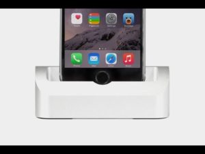 Ako na iPhone nastaviť tapetu bez pozadia doku