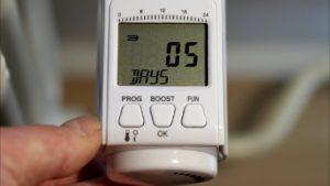 Termostatická digitální hlavice EMOS T30 – možnosti nastavení, programování